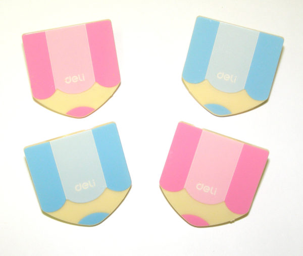 DELI CUTE PAPER CLIPS IN PINK AND BLUE